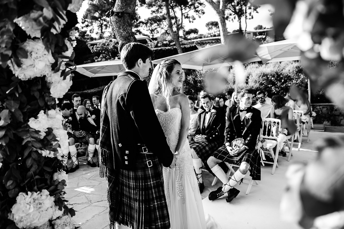 Reportage de mariage au Grand-Hôtel du Cap Ferrat - Wedding venue on the french riviera - Photographe de mariage Aix en Provence : Karol R Photographie- Karol Robache